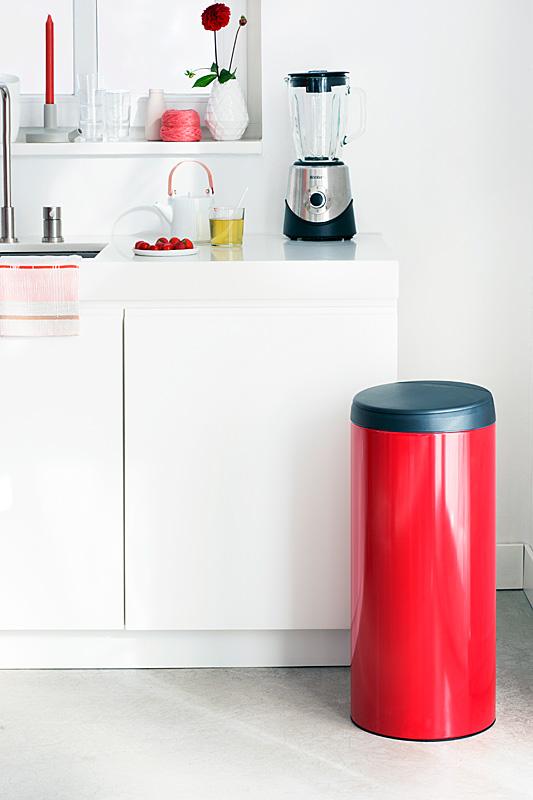 Бак для мусора Flip Bin Brabantia, объем 30 л, красный Brabantia 106903 фото 6