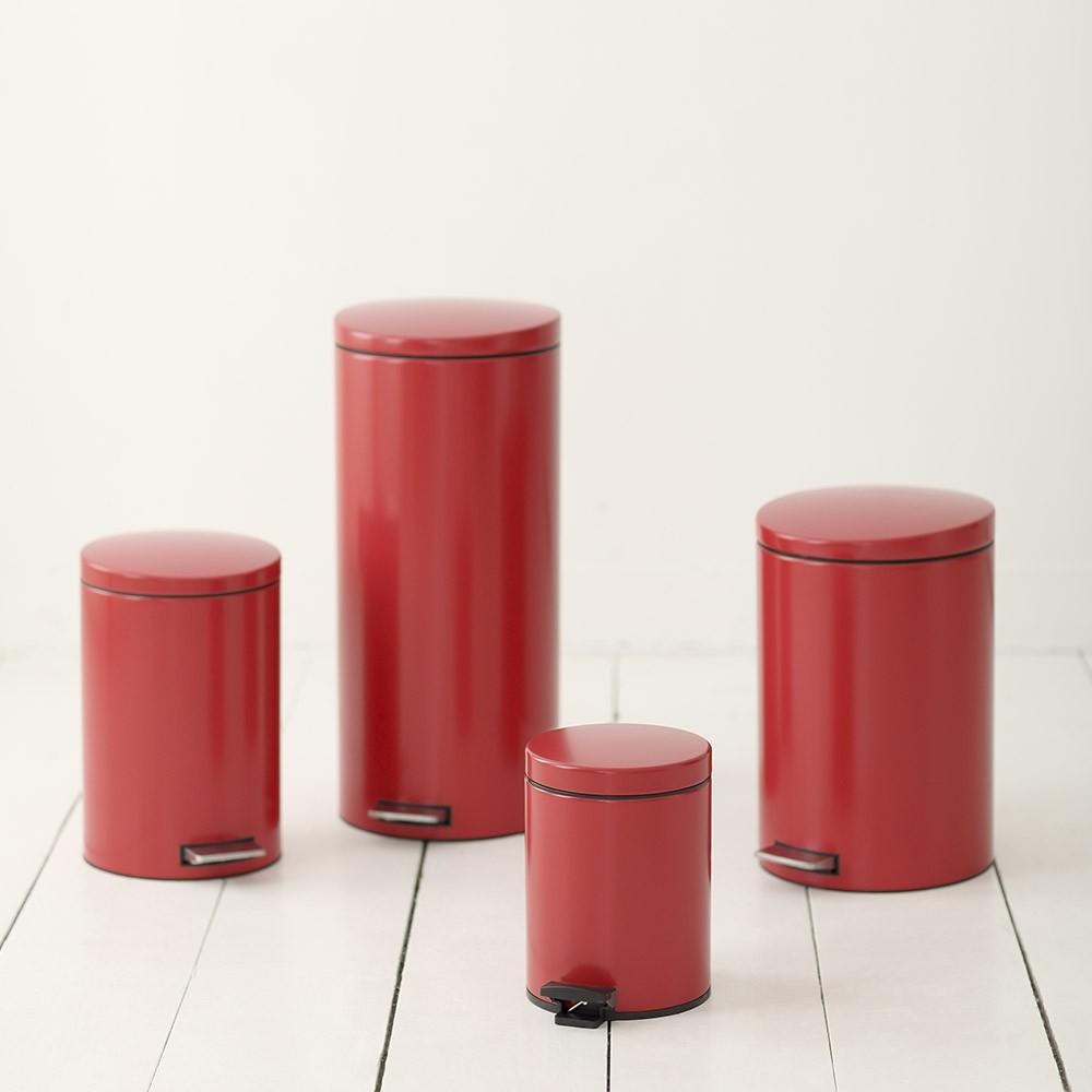 Бак для мусора Pedal Bin Brabantia, объем 12 л, красный Brabantia 483721 фото 3