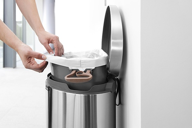 Бак для мусора Pedal Bin Brabantia, объем 40 л, серебристый Brabantia 482021 фото 3