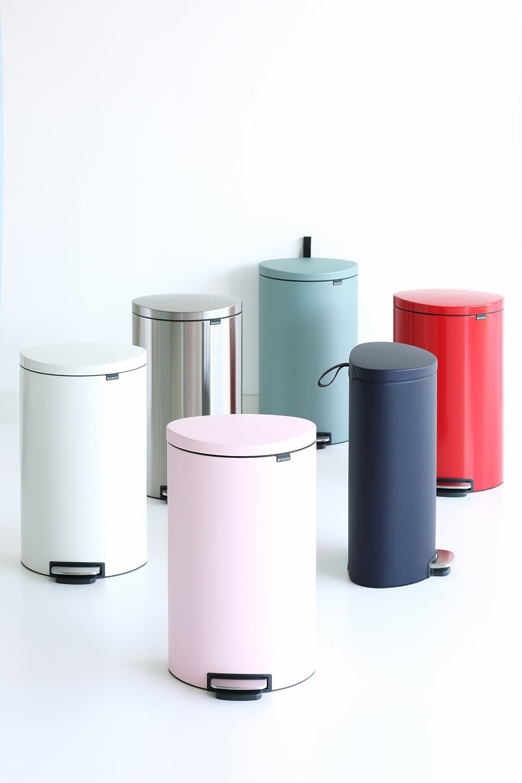 Бак для мусора Pedal Bin Brabantia, объем 40 л, белый Brabantia 485244 фото 5