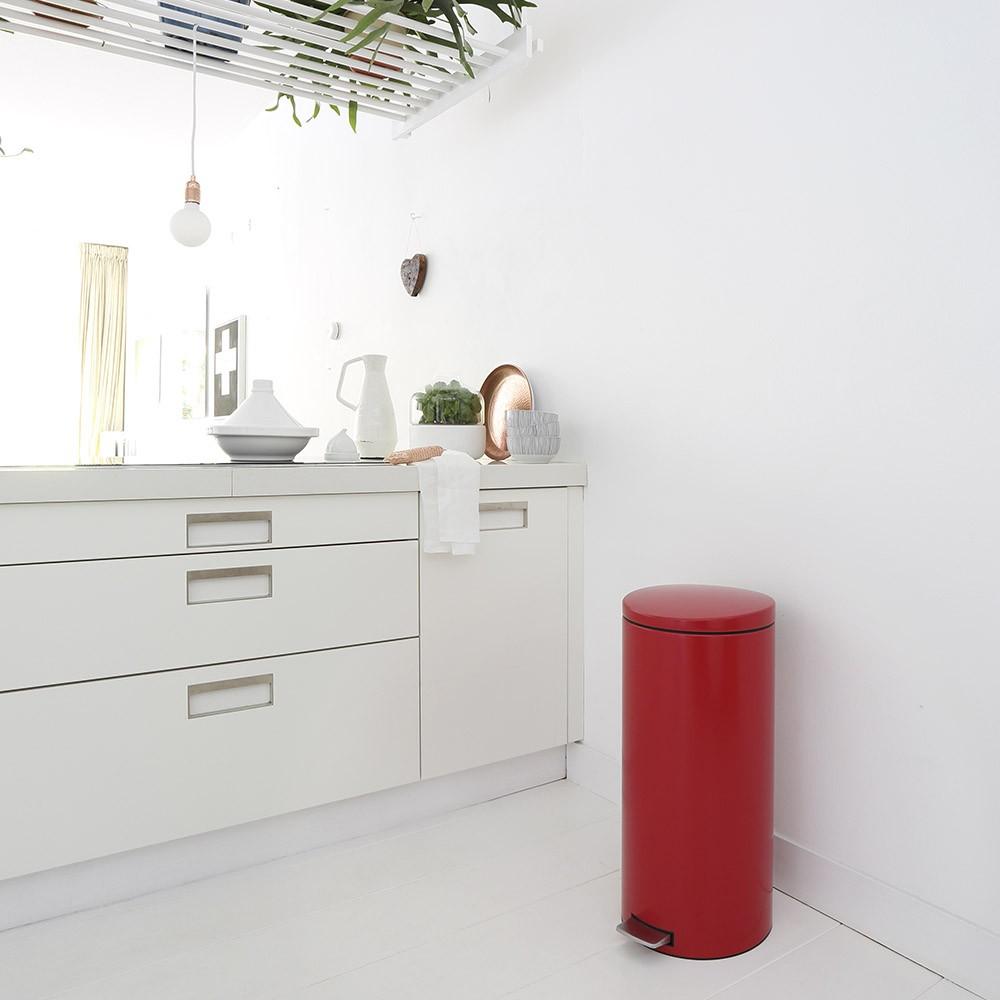 Бак для мусора Pedal Bin Silent Brabantia, объем 30 л, красный Brabantia 483769 фото 3
