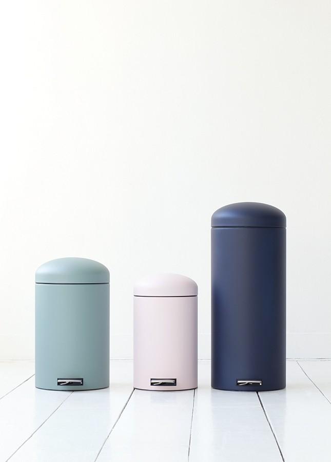Бак для мусора Retro Bin Brabantia, объем 12 л, светло-розовый Brabantia 482502 фото 4