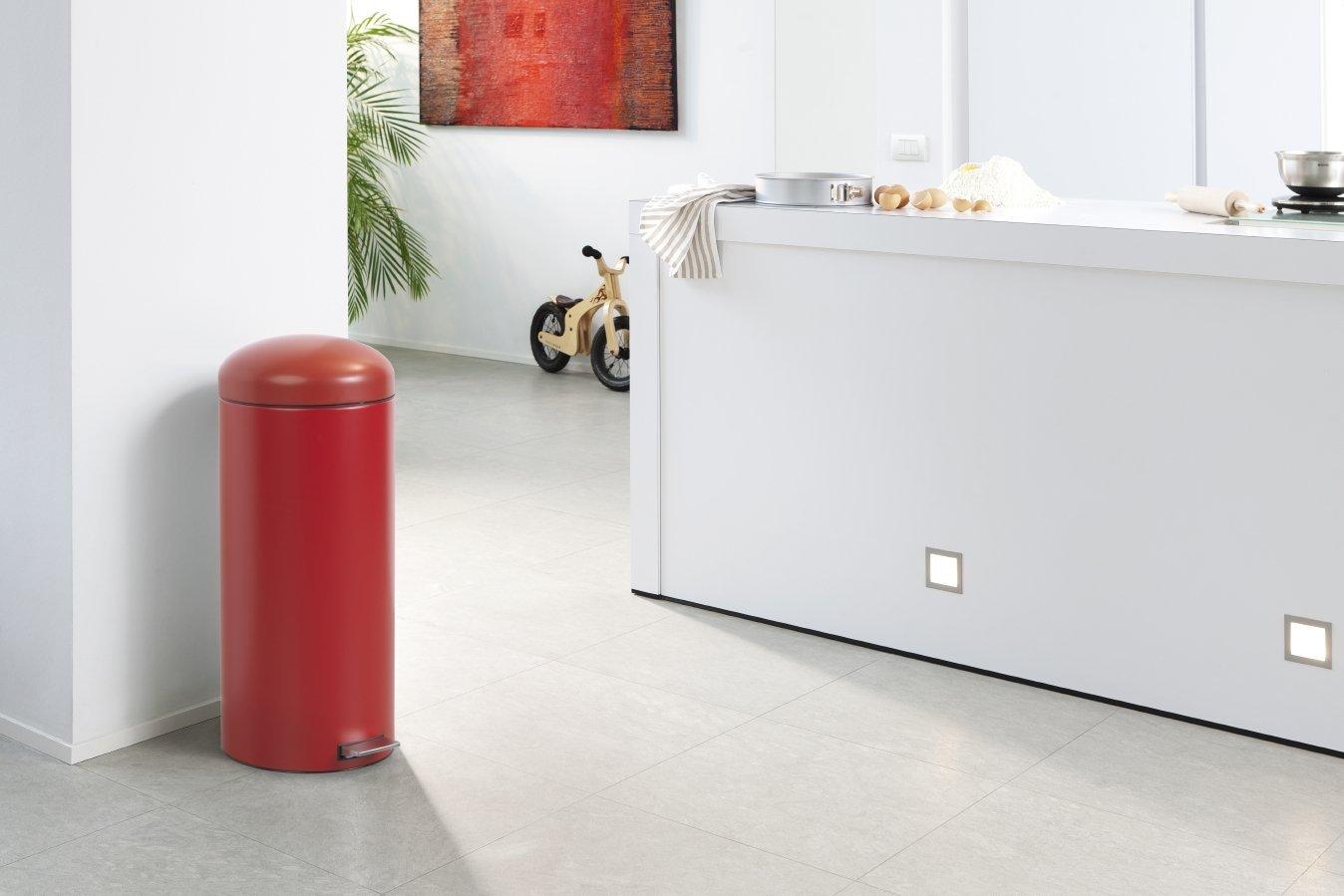 Бак для мусора Retro Bin Brabantia, объем 30 л, темно-красный Brabantia 479304 фото 5