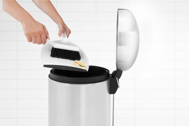Бак для мусора Retro Bin Brabantia, объем 30 л, стальной Brabantia 479366 фото 4