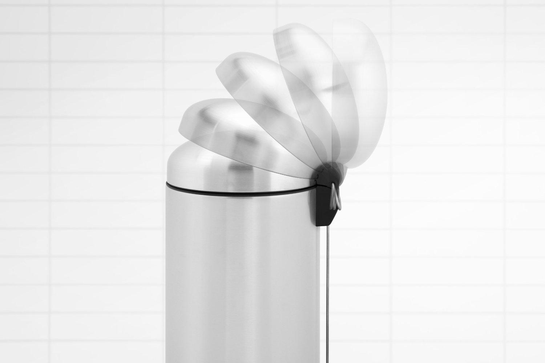 Бак для мусора Retro Bin Brabantia, объем 30 л, стальной Brabantia 479366 фото 9