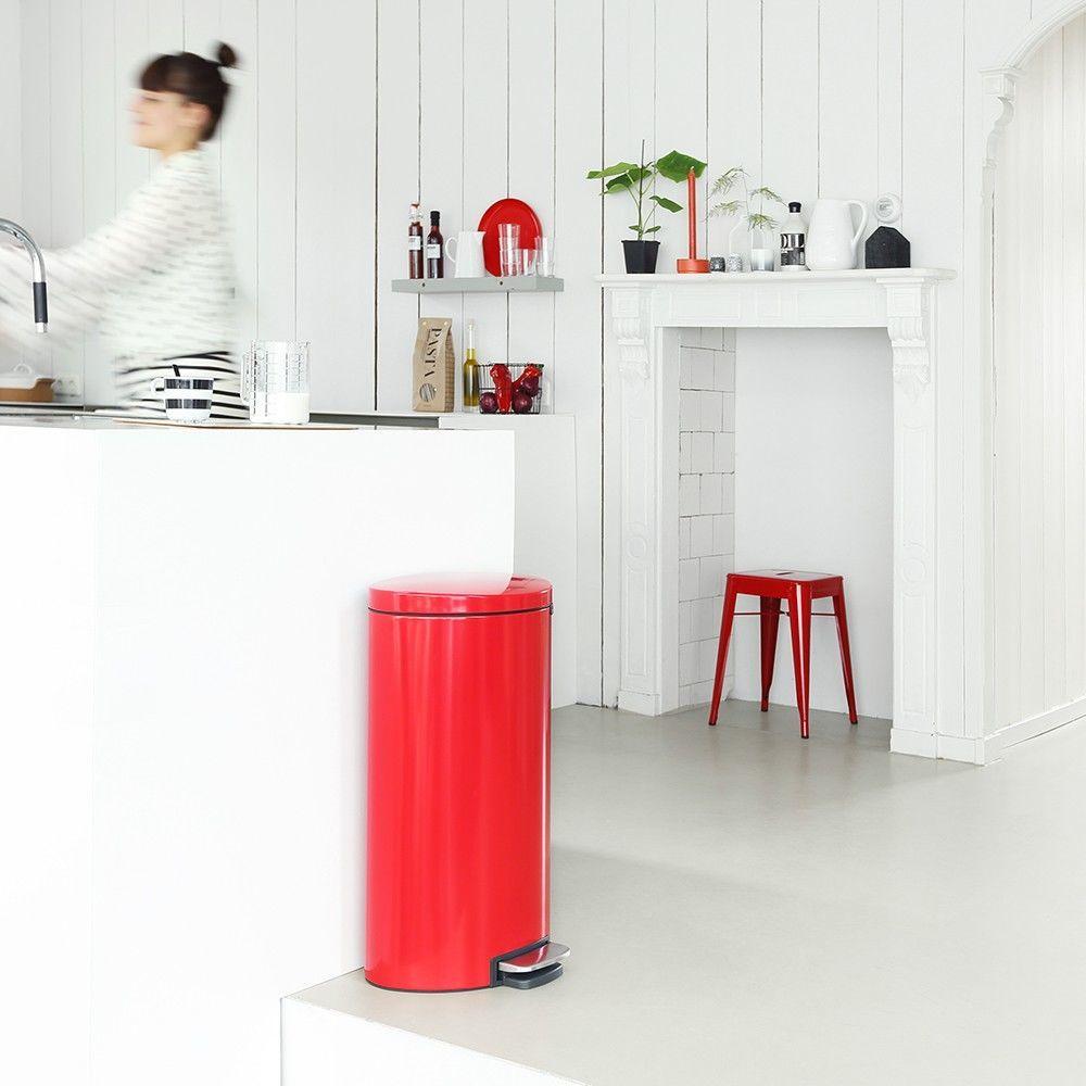 Бак для мусора с педалью Pedal Bin Brabantia, объем 30 л, красный Brabantia 484988 фото 2