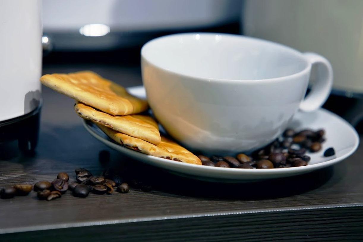 Чашка с блюдцем Rosenthal Loft, объем 0,25 л, белый, 2 предмета Rosenthal 11900-800001-14640 фото 1