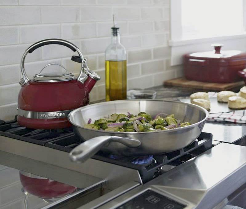 Чайник 1,89 л KitchenAid Stovetop Kettle Красный (KTEN20SBER) KitchenAid KTEN20SBER фото 2