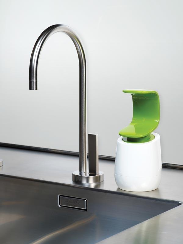 Диспенсер для жидкого мыла Joseph Joseph C-PUMP, 8,5х8,5х19 см, объем 0,3 л, зеленый с белым Joseph Joseph 85053 фото 4