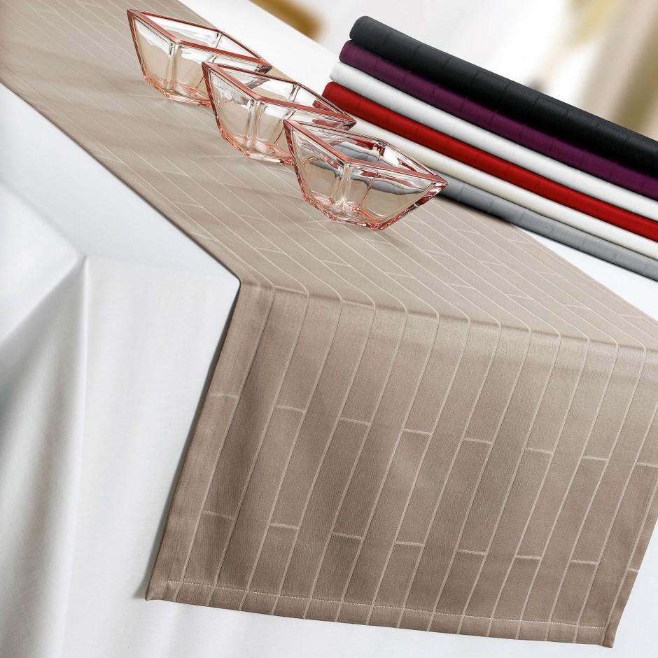 Онлайн каталог PROMENU: Дорожка на стол Winkler, 55х150 см, красная                                   7984035000
