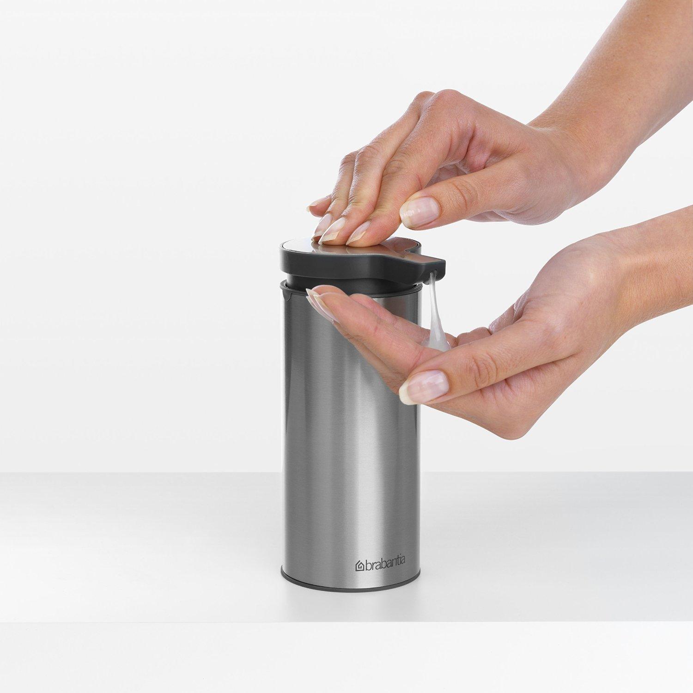 Дозатор для жидкого мыла Brabantia, объем 0,2 л, мятный с черным Brabantia 107467 фото 4
