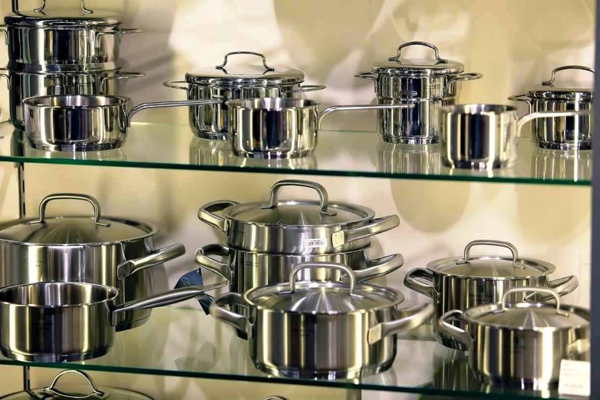 Кастрюля низкая с крышкой WMF Gourmet Plus, объем 4,1 л, диаметр 24 см WMF 07 2224 6030 фото 2
