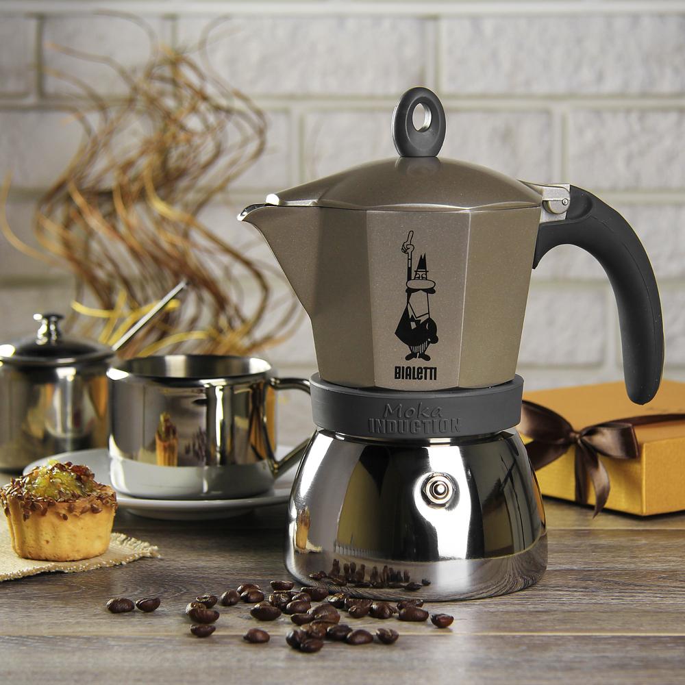 """Кофеварка гейзерная  """"Moka induction""""  на 6 чашек Bialetti MOKA INDUCTION, золотисто-бежевый Bialetti 0004833X4 фото 1"""
