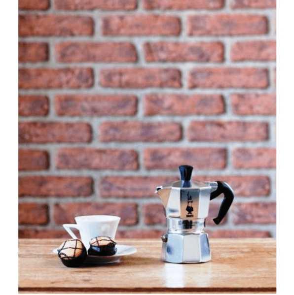 """Гейзерная кофеварка """"Moka express""""  на 4 чашки Bialetti MOKA EXPRESS, серебристый Bialetti 0001164 фото 3"""