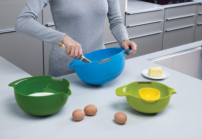 Набор мисок для смешивания (1,4 л, 2, 4 л, 3,8 л) и сепаратор для яйца Joseph Joseph NEST, разноцветный, 4 предмета Joseph Joseph 40015 фото 4