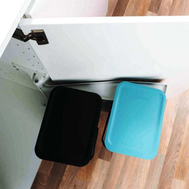 Набор: ведро для мусора на подставке Brabantia, объем 12 л, 2 шт. Brabantia 109980 фото 5