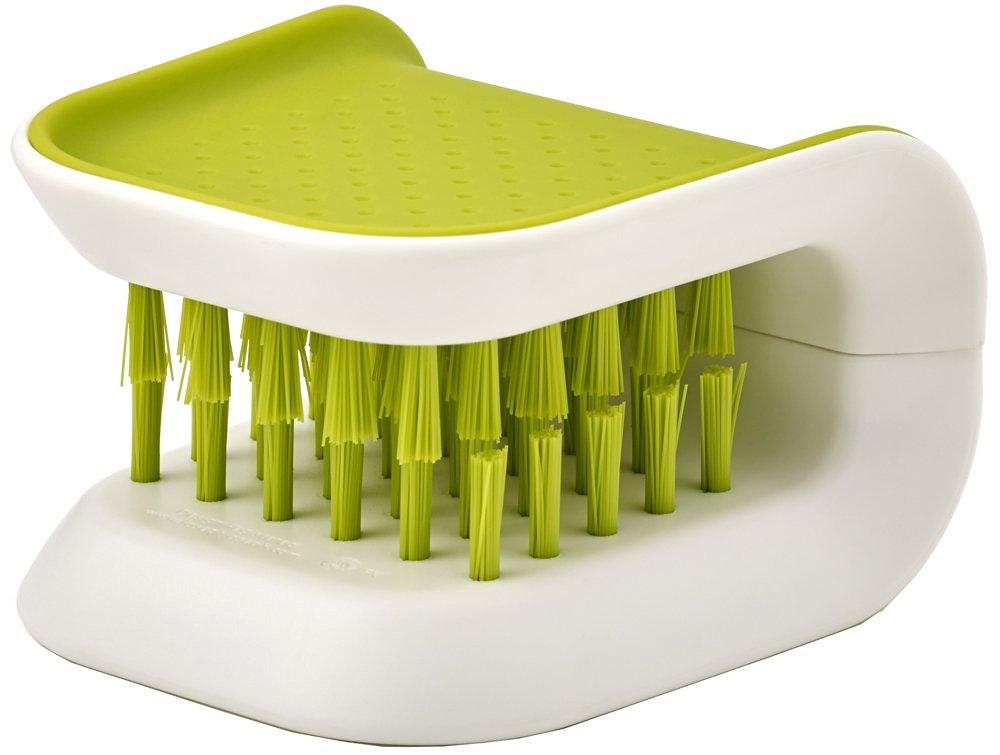 Онлайн каталог PROMENU: Щетка для чистки ножей и столовых приборов Joseph Joseph, 8x7,6x5,2 см, зеленый Joseph Joseph 85105