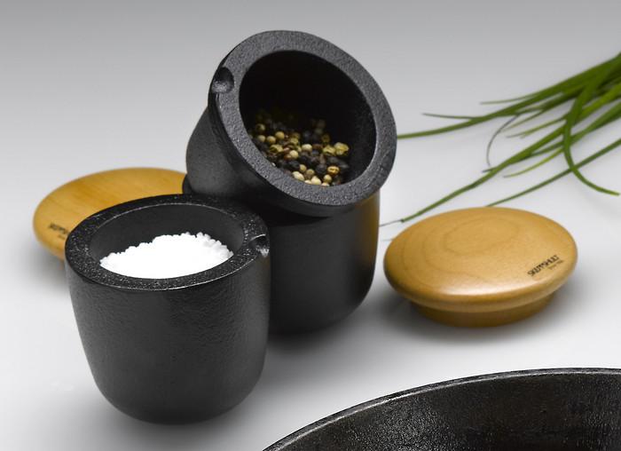 Ступка с крышкой для соли Skeppshult SPICE, черный Skeppshult 0072 фото 2