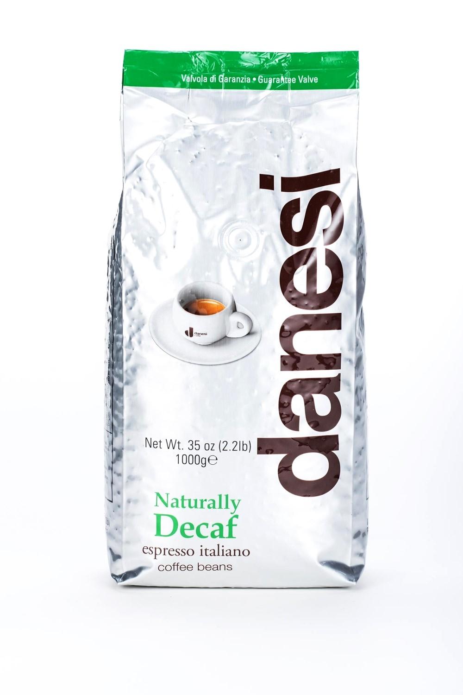 Онлайн каталог PROMENU: Кофе Decaf в зернах Danesi, 1 кг, вакуумный пакет, зеленый                               1050165