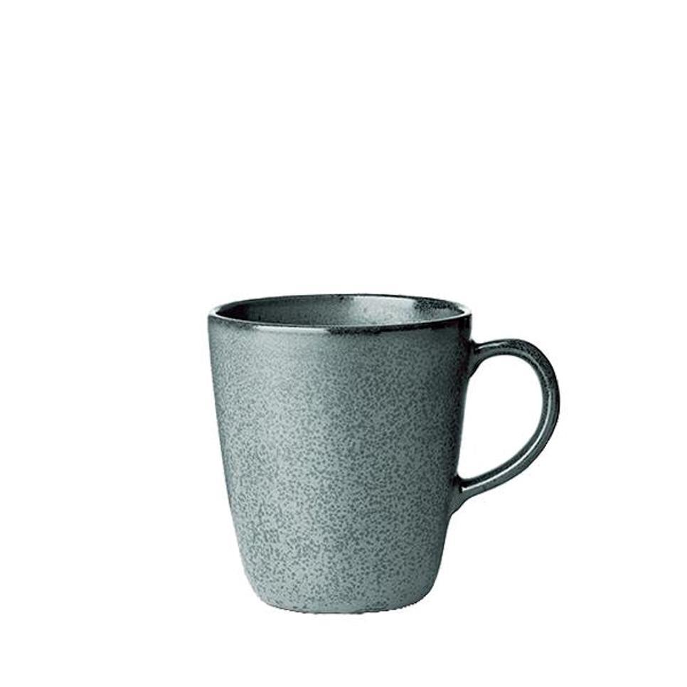 Онлайн каталог PROMENU: Кружка керамическая с ручкой Aida RAW, высота 10,4 см, темно-зеленая                               15703