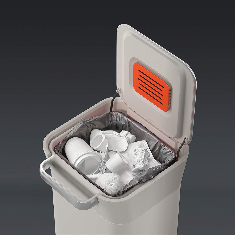 Органайзер для мусора Joseph Joseph INTELLEGENT WASTE, 30,2х34,4х68,4 см, объем 20 л, бежевый Joseph Joseph 30039 фото 6